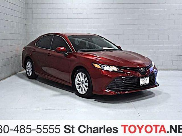 2018 Toyota Camry LE for sale in Saint Charles, IL