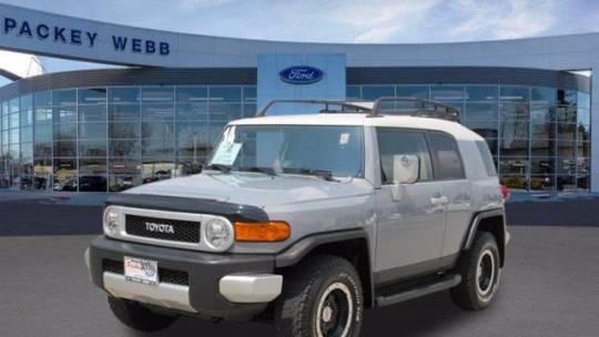 2014 Toyota FJ Cruiser 4WD 4dr Auto (Natl) for sale in Downers Grove, IL