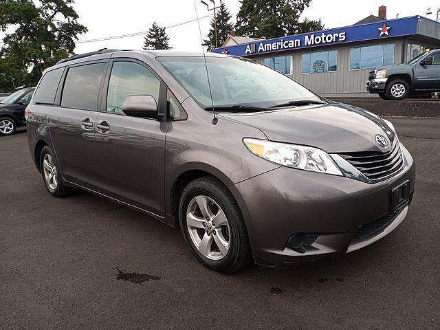2013 Toyota Sienna LE for sale in Tacoma, WA