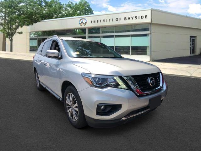 2019 Nissan Pathfinder SL [3]
