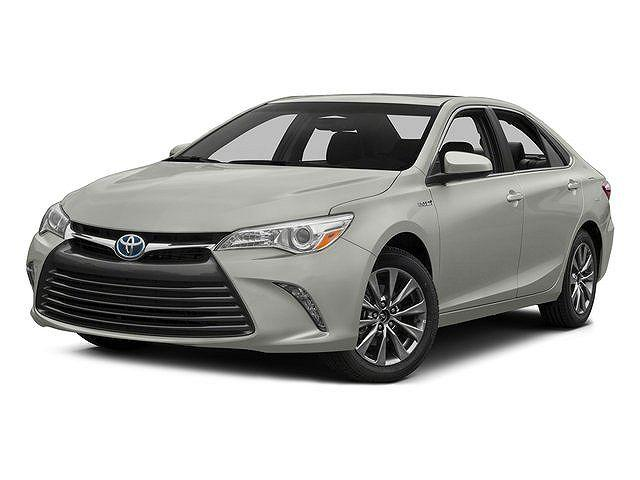 2015 Toyota Camry Hybrid SE for sale in Chicago, IL
