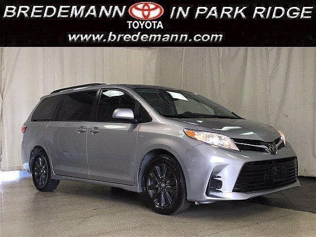 2018 Toyota Sienna LE for sale in Park Ridge, IL
