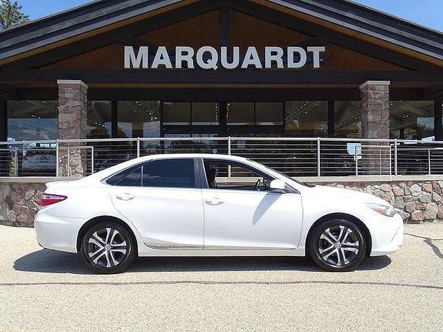 2015 Toyota Camry LE for sale in Barrington, IL