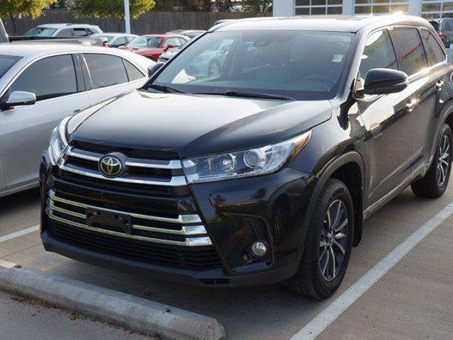 2017 Toyota Highlander XLE for sale in Dallas, TX