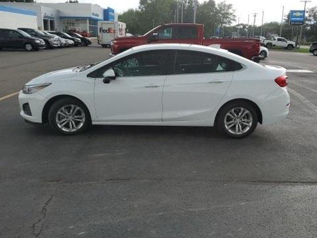 2019 Chevrolet Cruze LT for sale in Spencerport, NY