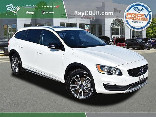 2018 Volvo V60 Cross Country T5 AWD for sale in Fox Lake, IL