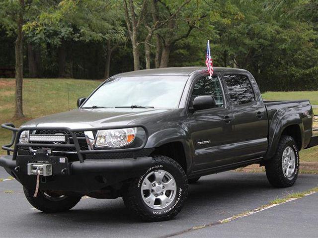 2011 Toyota Tacoma 4WD Double V6 MT (Natl) for sale in Manassas, VA