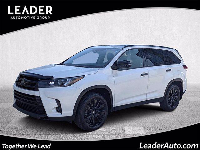2019 Toyota Highlander SE for sale in Chicago, IL