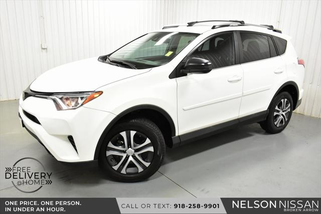 2017 Toyota RAV4 LE for sale in Broken Arrow, OK