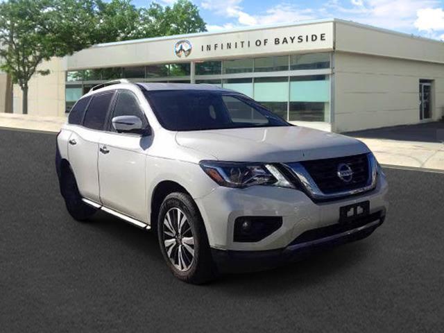 2018 Nissan Pathfinder SL [2]