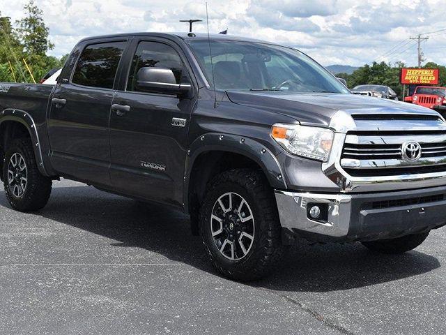 2017 Toyota Tundra 4WD SR5 for sale in Lenoir City, TN