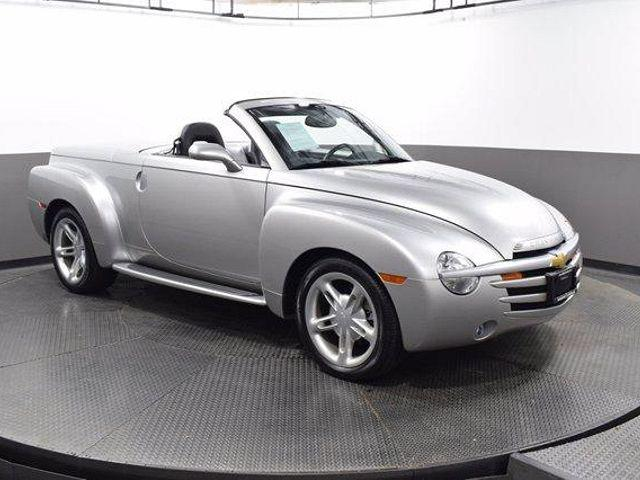 2004 Chevrolet SSR LS for sale in Westmont, IL