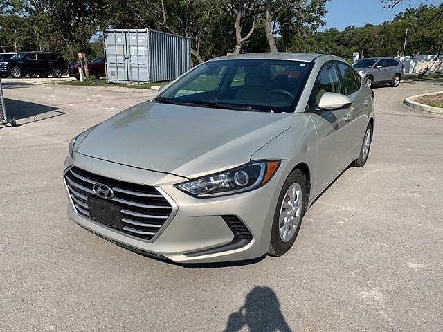 2017 Hyundai Elantra SE for sale in Boerne, TX