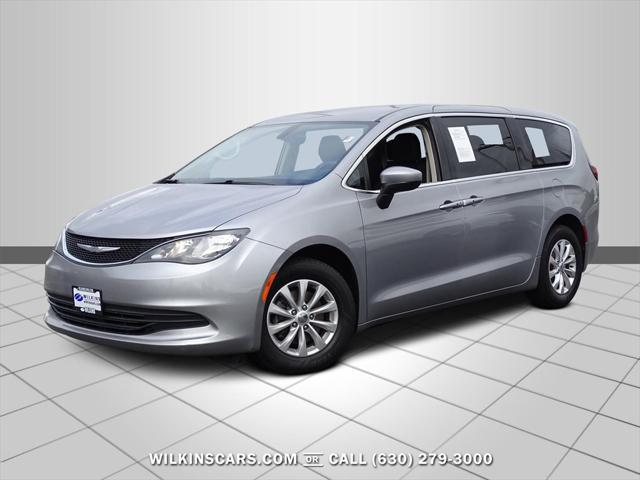 2017 Chrysler Pacifica Touring for sale in Elmhurst, IL