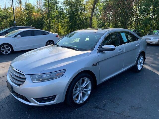 2013 Ford Taurus SEL for sale in Holland, MI