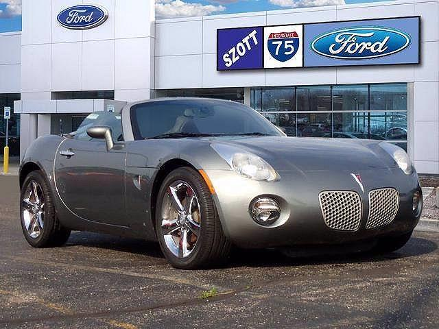 2007 Pontiac Solstice 2dr Convertible for sale in Holly, MI