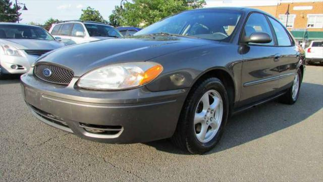 2004 Ford Taurus SE for sale in Purcellville, VA