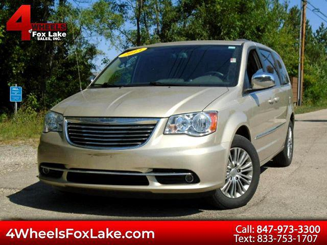 2013 Chrysler Town & Country Touring-L for sale in Fox Lake, IL