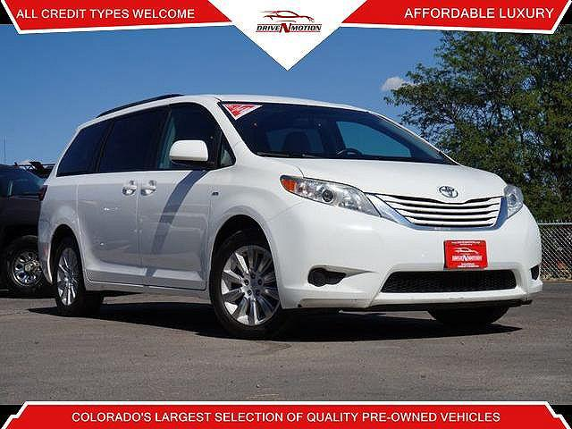 2016 Toyota Sienna LE for sale in Englewood, CO