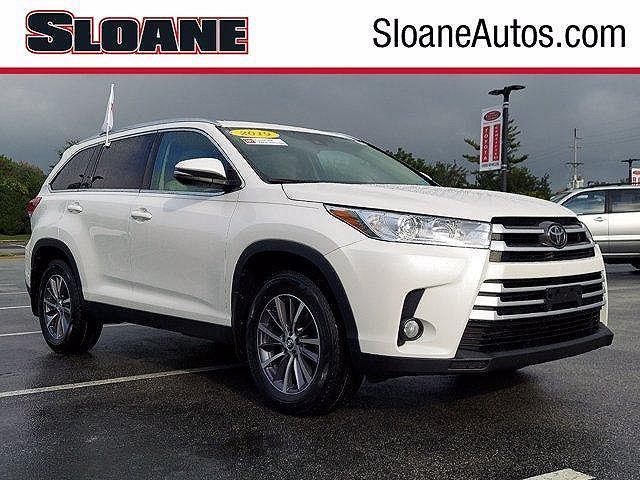 2019 Toyota Highlander XLE for sale in Malvern, PA