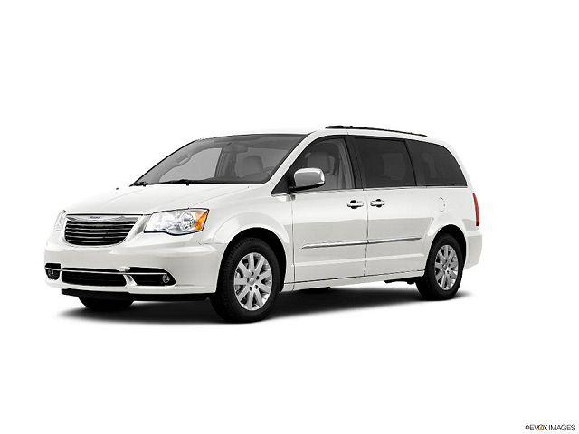 2011 Chrysler Town & Country Touring-L for sale in Winchester, VA
