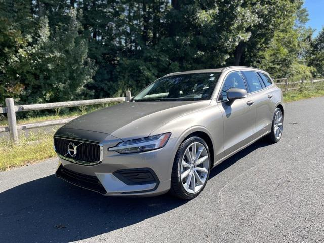2020 Volvo V60 Momentum for sale in Canton , CT