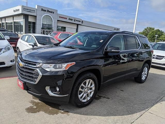 2018 Chevrolet Traverse LT Cloth for sale in Waterloo, IA