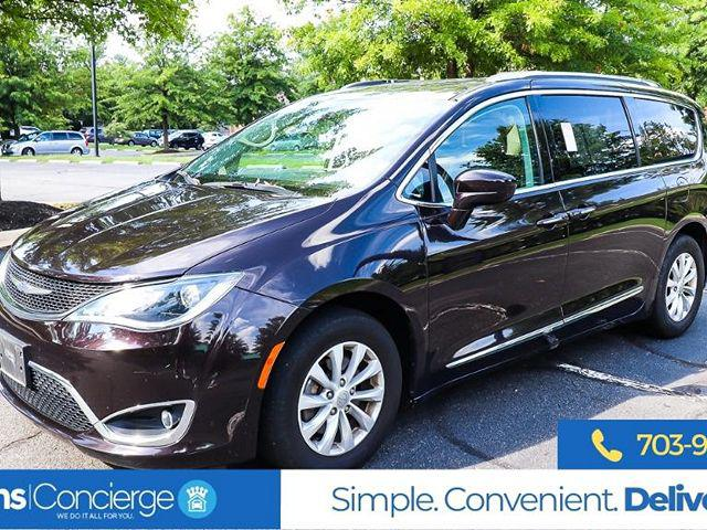 2018 Chrysler Pacifica Touring L for sale in Sterling, VA