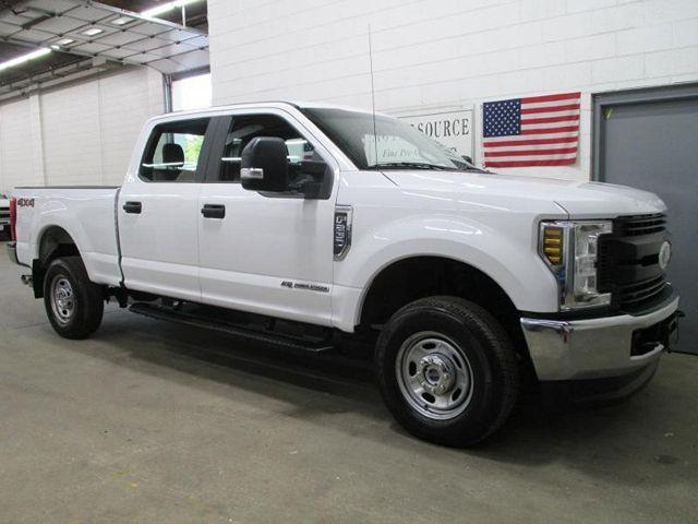 2019 Ford F-250 XL/XLT/LARIAT/King Ranch/Platinum/Limited for sale in Highland Park, IL