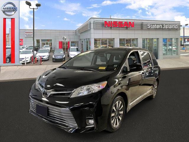 2018 Toyota Sienna Limited [4]