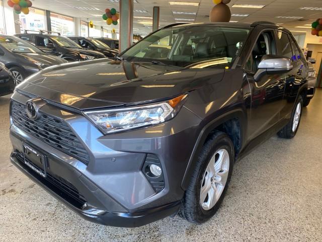 2019 Toyota RAV4 XLE [9]