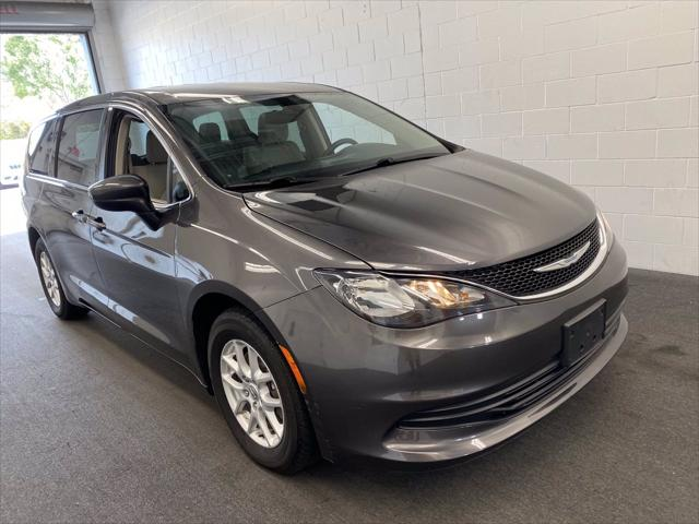 2017 Chrysler Pacifica LX for sale in Orlando, FL