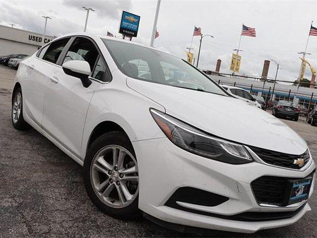 2018 Chevrolet Cruze LT for sale in Chicago, IL