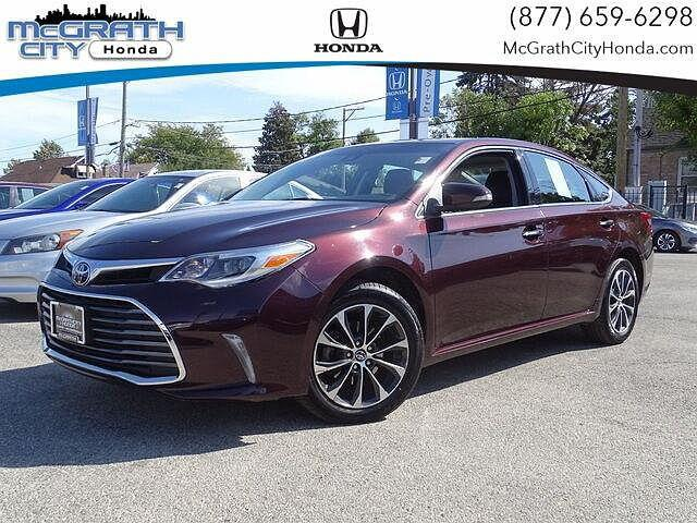2018 Toyota Avalon XLE for sale in Chicago, IL