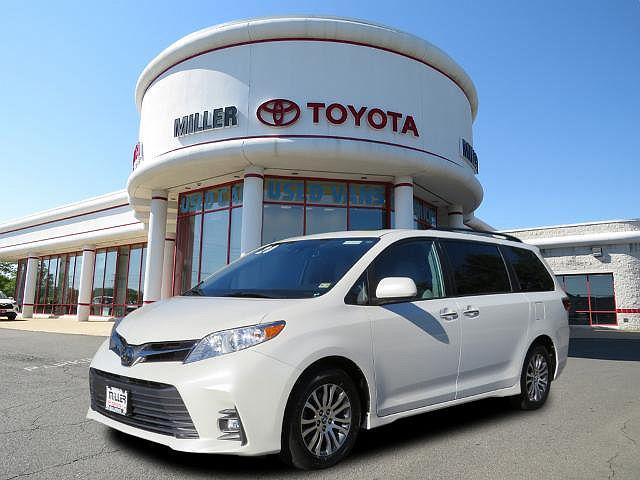 2020 Toyota Sienna XLE for sale in Manassas, VA