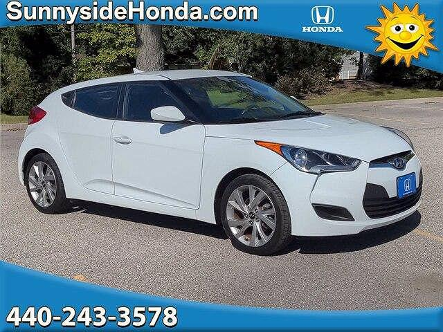 2016 Hyundai Veloster 3dr Cpe Auto for sale in Middleburg Heights, OH
