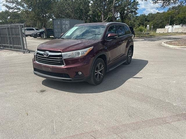 2016 Toyota Highlander XLE for sale in Boerne, TX