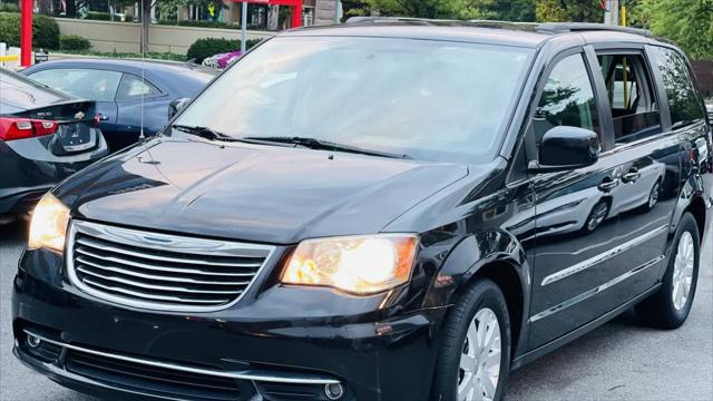 2015 Chrysler Town & Country Touring for sale in Arlington, VA