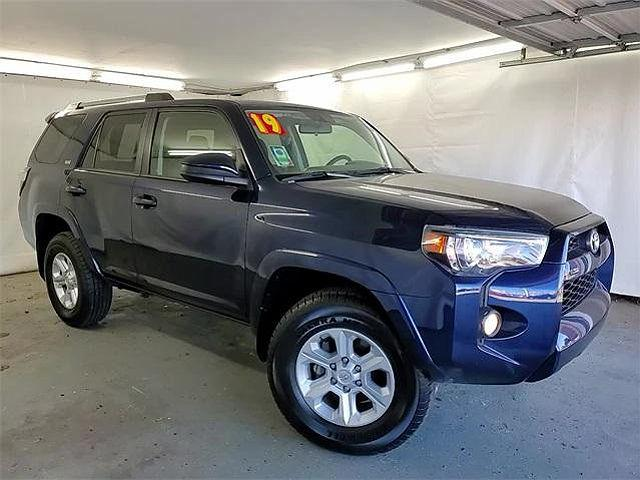2019 Toyota 4Runner SR5 for sale in Chicago, IL