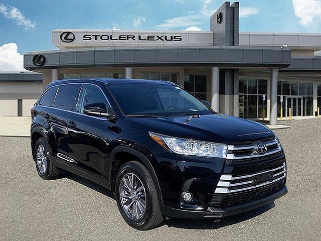 2019 Toyota Highlander XLE for sale in Farmingdale, NY