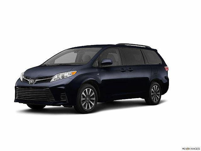 2019 Toyota Sienna LE for sale in Framingham, MA