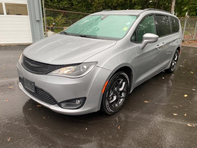 2019 Chrysler Pacifica Touring L for sale in Canton , CT