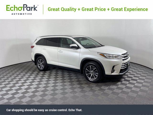 2019 Toyota Highlander XLE for sale in San Antonio, TX