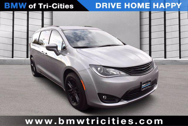 2019 Chrysler Pacifica Hybrid Touring L for sale in Richland, WA