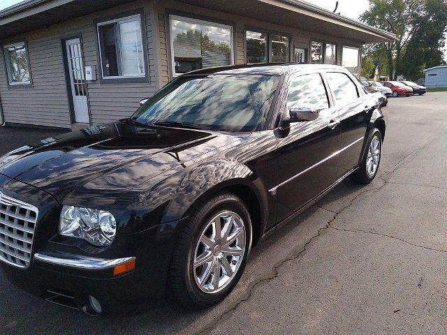2007 Chrysler 300 C for sale in Owosso, MI