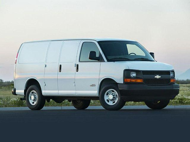 """2007 Chevrolet Express Cargo Van RWD 1500 135"""" for sale in South Holland, IL"""