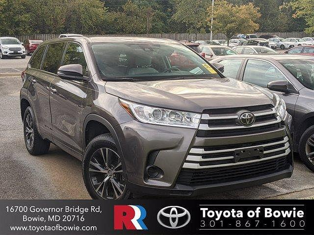 2018 Toyota Highlander LE for sale in Bowie, MD