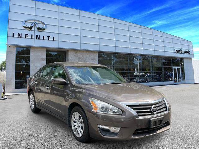 2015 Nissan Altima 2.5 S [8]