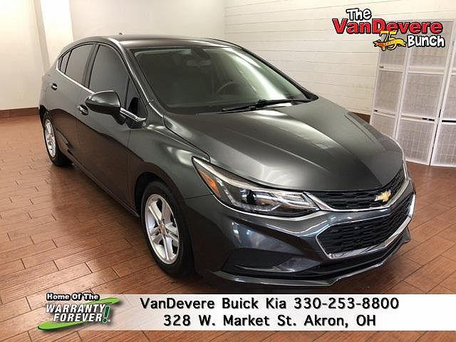 2017 Chevrolet Cruze LT for sale in Akron, OH