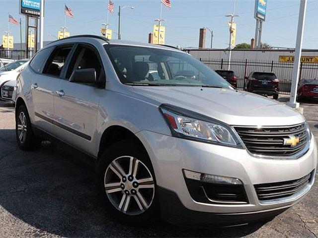 2017 Chevrolet Traverse LS for sale in Chicago, IL